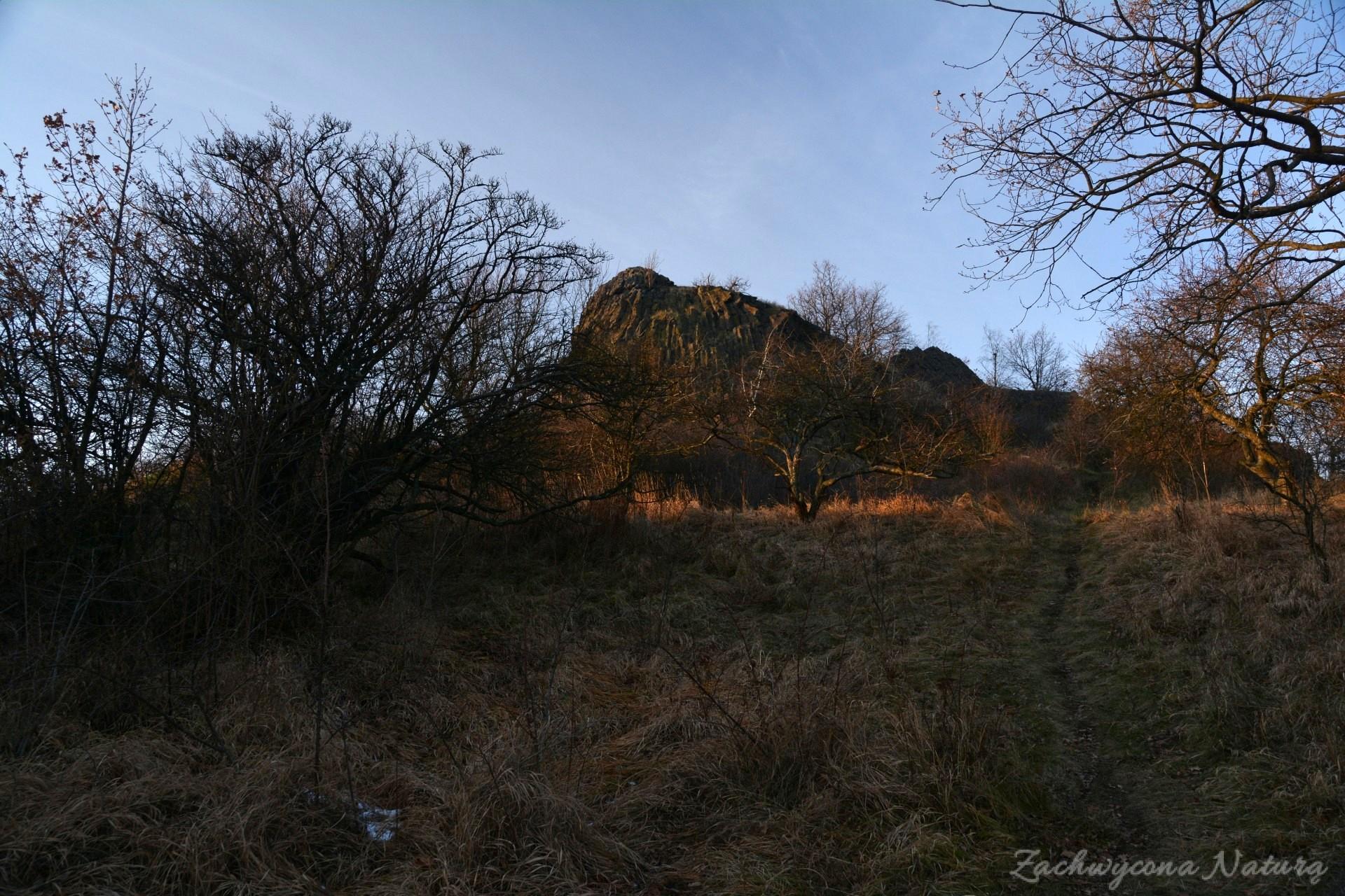 szlakiem-wygaslych-wulkanow-czartowska-skala-10