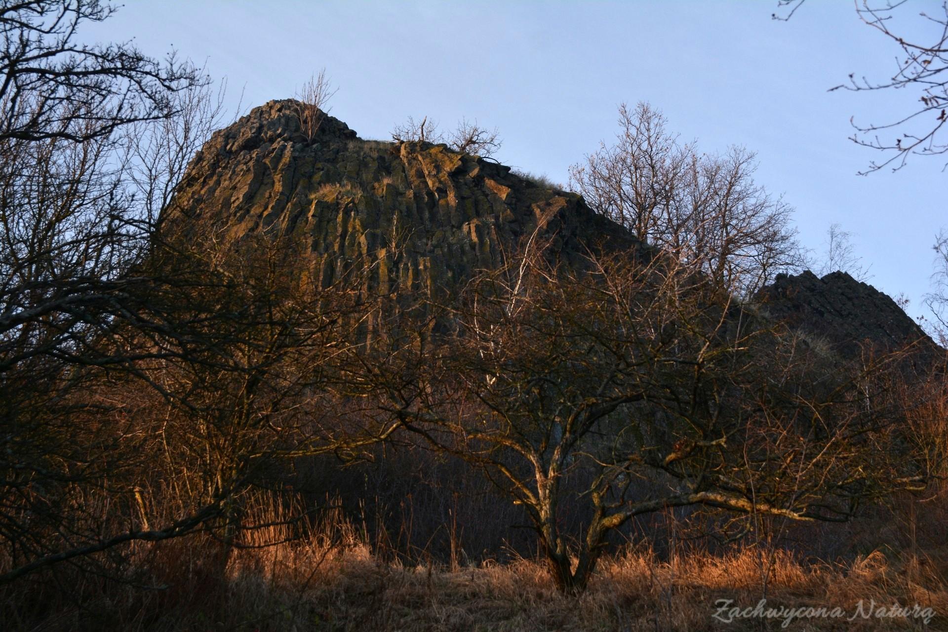 szlakiem-wygaslych-wulkanow-czartowska-skala-11