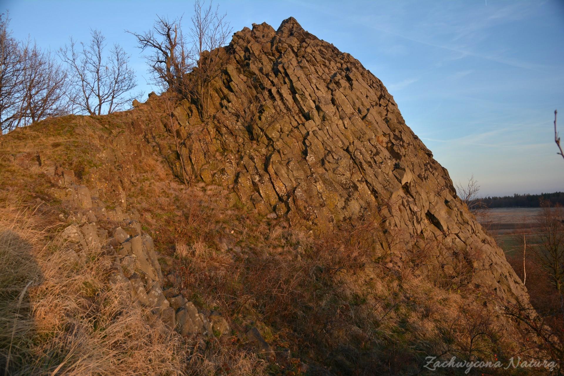 szlakiem-wygaslych-wulkanow-czartowska-skala-15