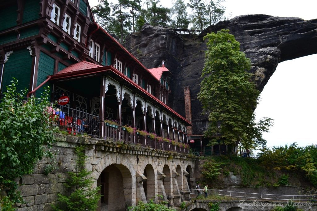 Pravčická brána – najdłuższy w Europie skalny łuk(Custom) (13)