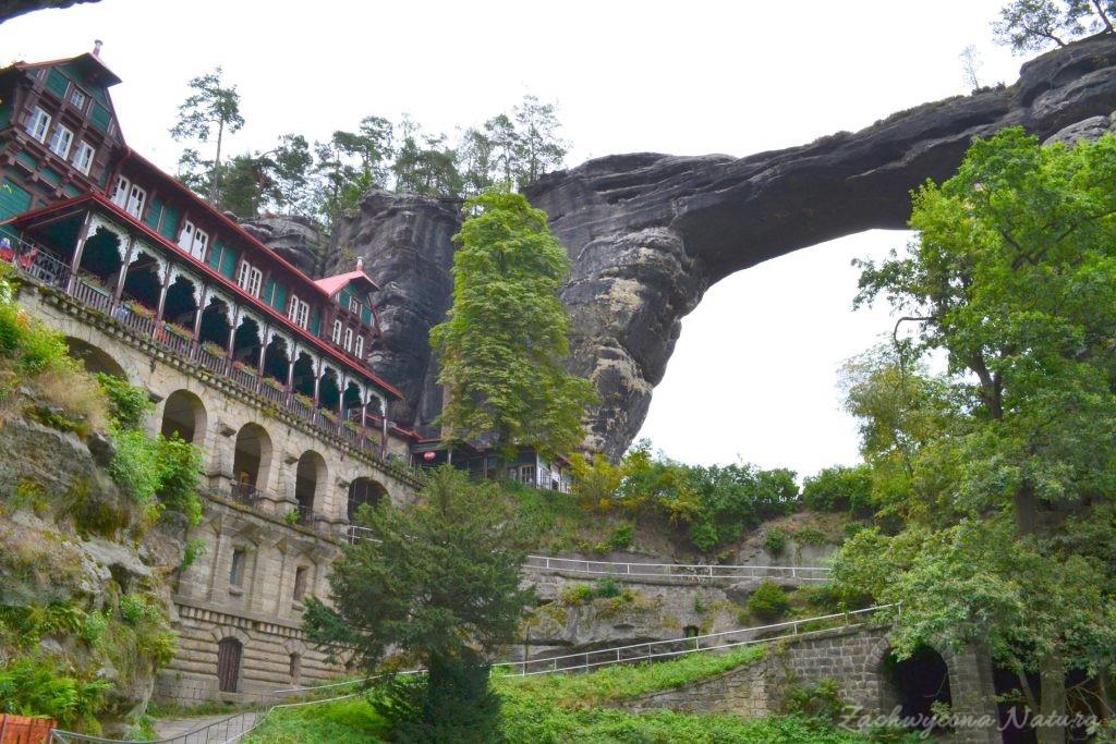 Pravčická brána – najdłuższy w Europie skalny łuk(Custom) (8)