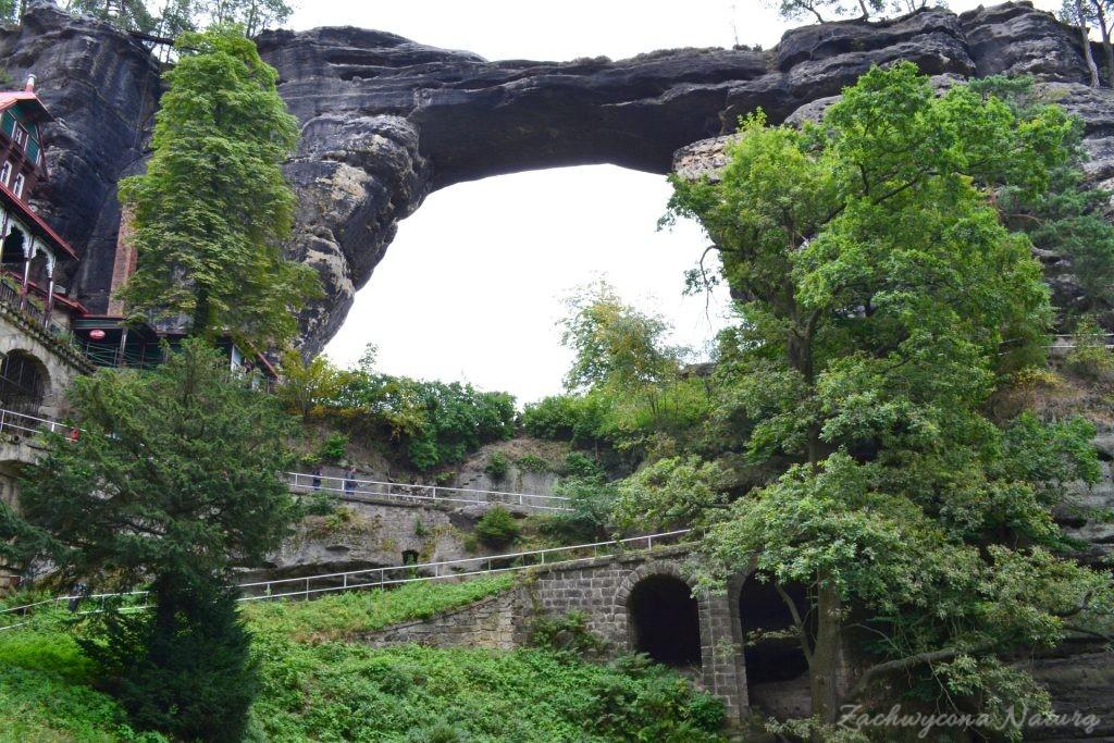 Pravčická brána – najdłuższy w Europie skalny łuk(Custom) (9)