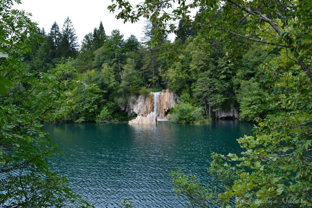Turkusowe jeziora i piękne wodospady - Jeziora Plitwickie (14)