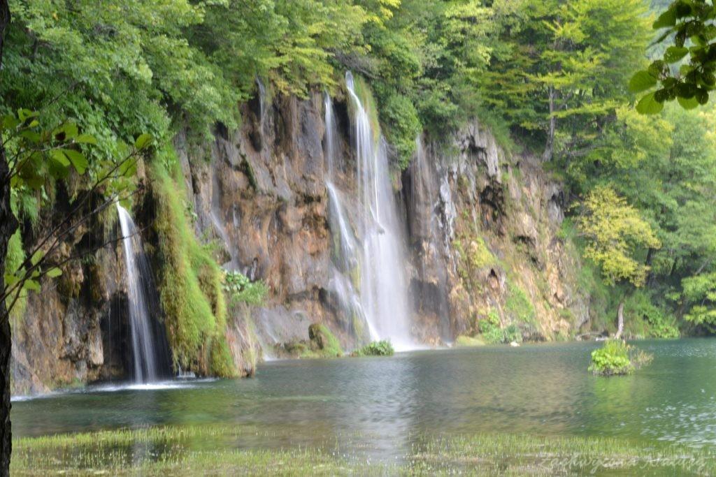 Turkusowe jeziora i piękne wodospady - Jeziora Plitwickie (30)