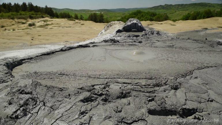 Wulkany błotne w Rumunii- filmy