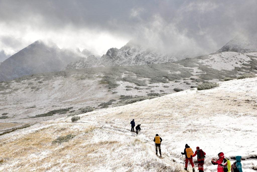W poszukiwaniu jesieni, (a może zimy) w Tatrach Bielskich - tym razem dotarliśmy do Szerokiej Przełęczy (23)