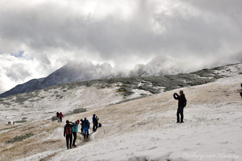 W poszukiwaniu jesieni, (a może zimy) w Tatrach Bielskich - tym razem dotarliśmy do Szerokiej Przełęczy (30)