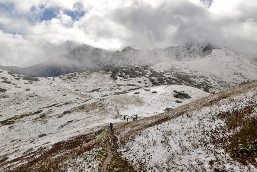 W poszukiwaniu jesieni, (a może zimy) w Tatrach Bielskich - tym razem dotarliśmy do Szerokiej Przełęczy (37)