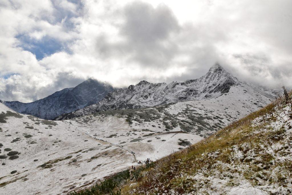 W poszukiwaniu jesieni, (a może zimy) w Tatrach Bielskich - tym razem dotarliśmy do Szerokiej Przełęczy (38)