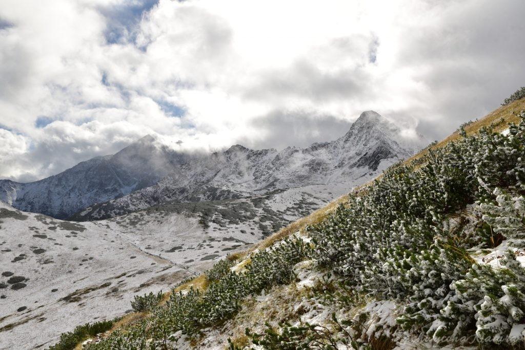 W poszukiwaniu jesieni, (a może zimy) w Tatrach Bielskich - tym razem dotarliśmy do Szerokiej Przełęczy (40)