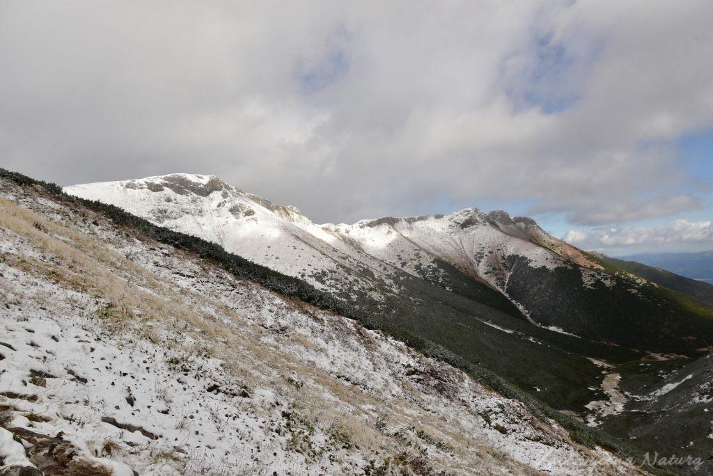 W poszukiwaniu jesieni, (a może zimy) w Tatrach Bielskich - tym razem dotarliśmy do Szerokiej Przełęczy (44)