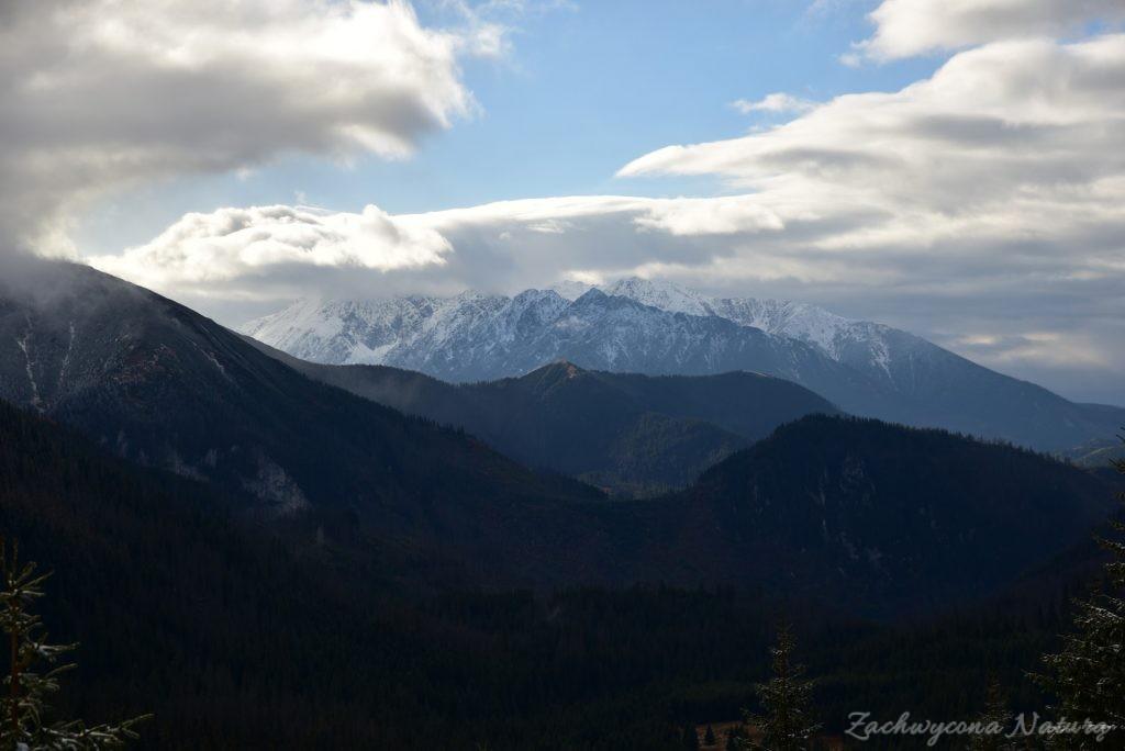 W poszukiwaniu jesieni, (a może zimy) w Tatrach Bielskich - tym razem dotarliśmy do Szerokiej Przełęczy (63)