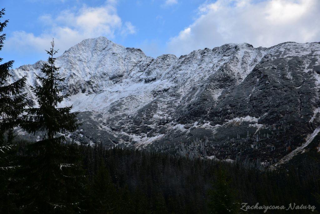 W poszukiwaniu jesieni, (a może zimy) w Tatrach Bielskich - tym razem dotarliśmy do Szerokiej Przełęczy (78)
